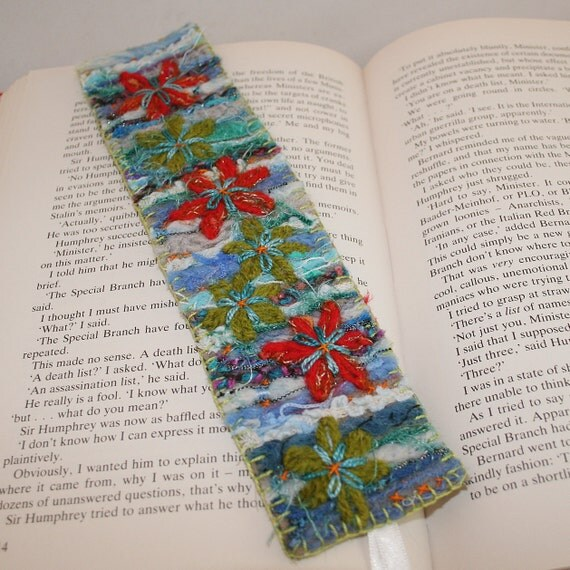 Embroidered Bookmark - Floral Fantasy