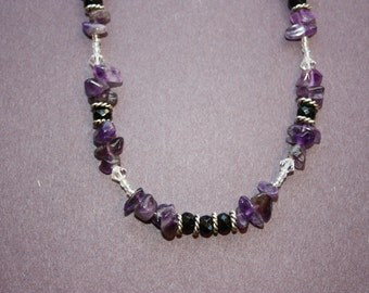 Amethyst Chip, Black Faceted Bead and Seed Bead Beaded Necklace