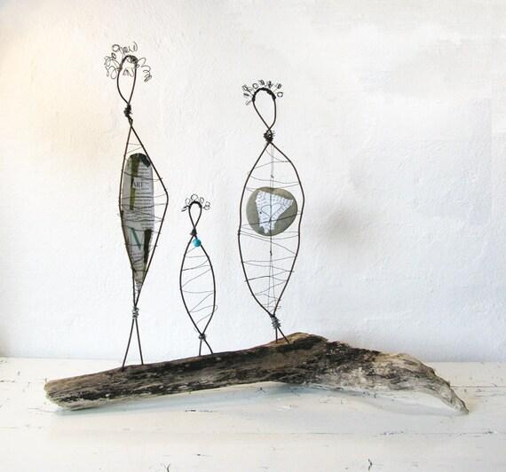 Mother Daughter Grandmother Wire Sculptures - Rustic Folk Art Sculpture - Three Generations - Driftwood Beach House Decor