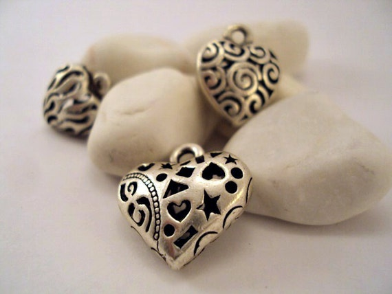 3 pieces of heart charms for jewelry and craft projects
