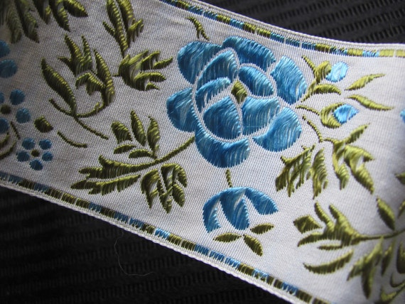 Embroidered Woven Floral Trim Edge  - 2 Inch Wide - 1 Yard Total - Original Vintage 1970s