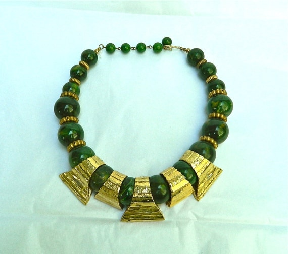 VINTAGE 70s Etruscan - Aztec Ethnic Style Choker - Agate and Gold