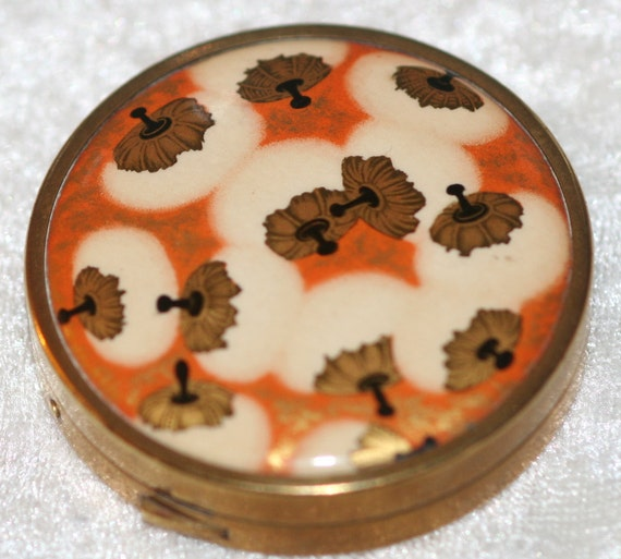 Airspun Lalique Design Vintage Coty Powder Compact  FREE SHIPPING WORLDWIDE