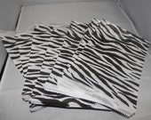 25 Pack of Zebra Print Retail Merchandise Bags, Paper Bags, Gift Bags 6x9, Party Favor Animal Print Bags