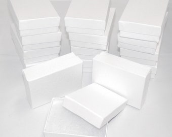 """Lot of 20 White Swirl Cotton Filled  Jewelry Boxes 3.25"""" X 2.25"""" X1"""""""