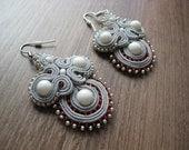 Soutache earrings in gray