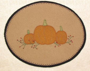 20% OFF PATTERN - Harvest Time - Wool Applique' Candle Mat