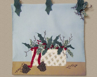 Wool Applique' PATTERN - Holly Basket - Table Runner or Wall Hanging
