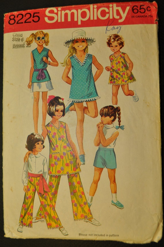 Girls' Dress or Top, Skirt and Pants in Two Lengths Size 6 Vintage 1960s Sewing Pattern-Simplicity 8225
