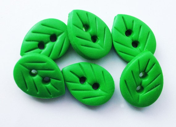 "6 x Leaf Buttons - set of 6 polymer clay buttons ( 5/8"")"