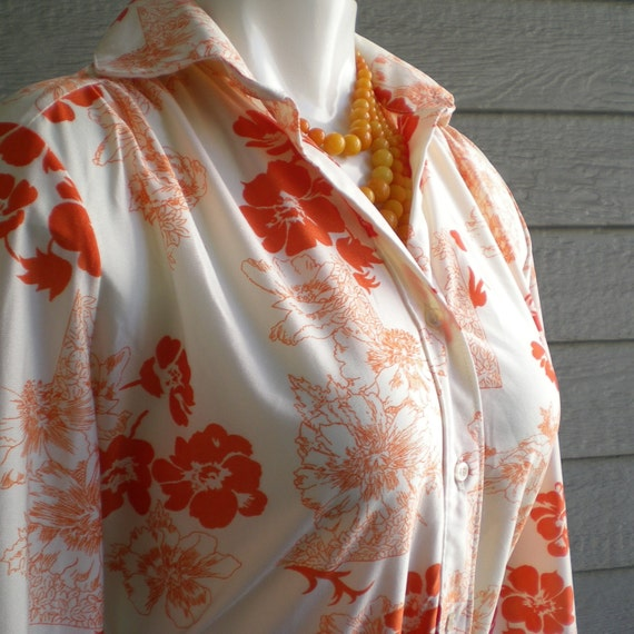vintage 70s secretary blouse with orange flowers. size medium.