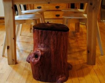 Tree stump seat