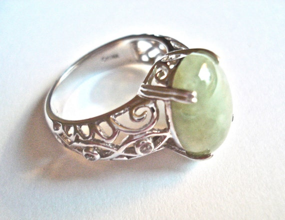 Sterling silver ring green stone vintage