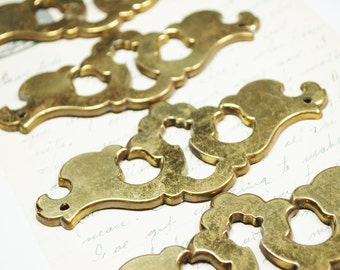 4 Antique Keyhole Brass Escutcheons - Steampunk Vintage Hardware for Altered Art
