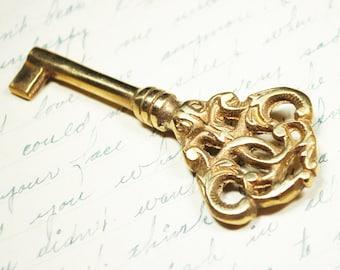 Antique Skeleton Key - Ornate Vintage Key in GOLD - Steampunk Hardware