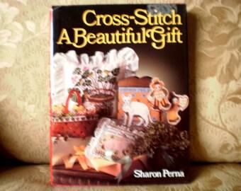 Cross Stitch A Beautiful Gift Book