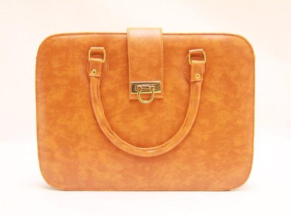 Chocolate brown,chocolate mold,vintage messenger bag,laptop mesenger bag,laptop bag,leather laptop bag,laptop case,brown bag