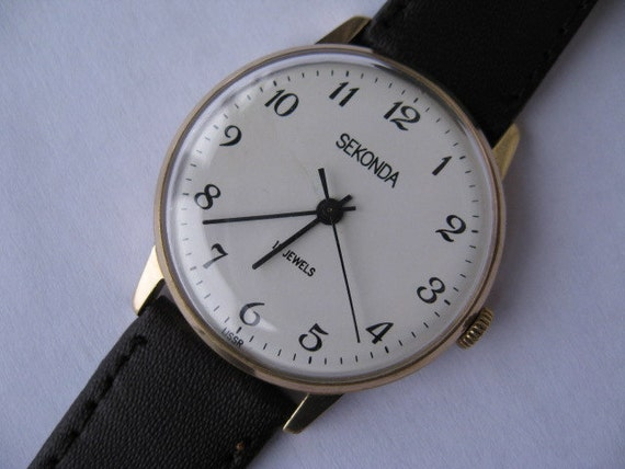 Vintage Soviet mens wristwatch SEKONDA gold-plated