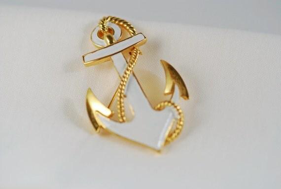 White anchor pin -Trifari    cij sale