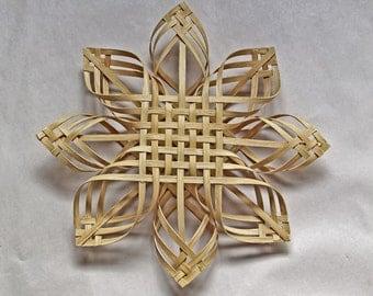 XLG Carolina Snowflake in walnut