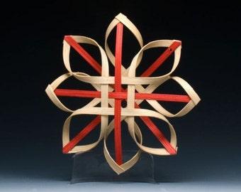 Carolina Snowflake in walnut and red