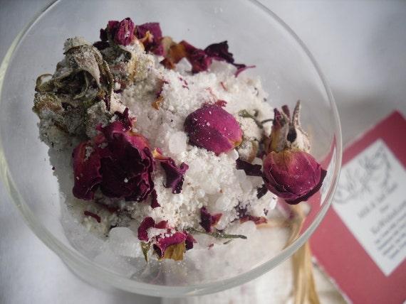 Milk & Salt Bath with Rose, Goats Milk and Himalayan Salt