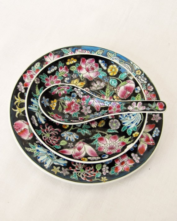 Vintage Retro Chinese Soup Rice Spoon, Saucer and Plate in Beautiful Floral Pattern - Art Mosaic Project
