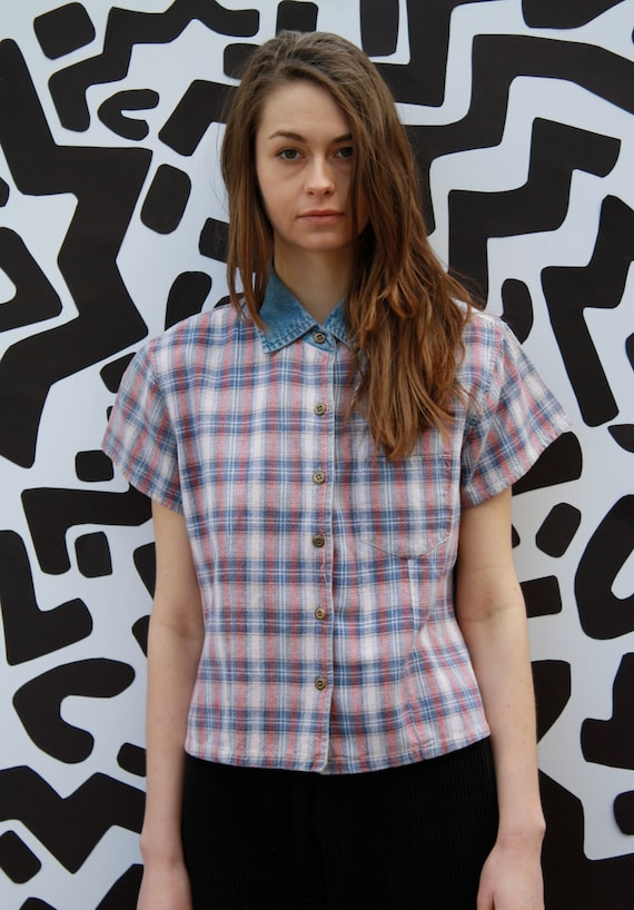90's Fitted Plaid and Denim S/S Button-up / 1990's Short Sleeve Grunge Crop top / Cropped Shirt / Spring Summer Fashion