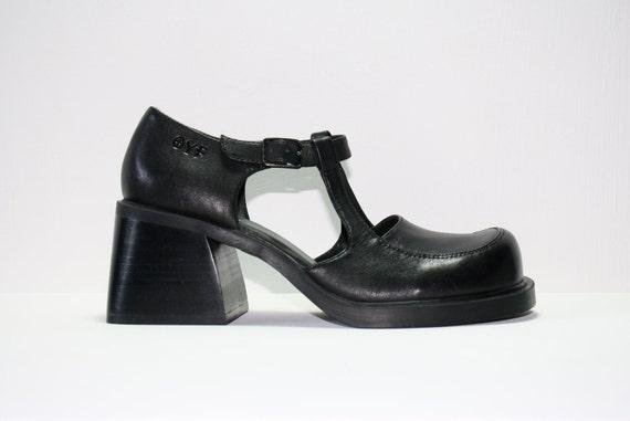 Vintage 90s Black Leather Chunky Mary Jane Platforms / Grunge Shoe / Womens US 7 UK 4.5 EUR 37.5