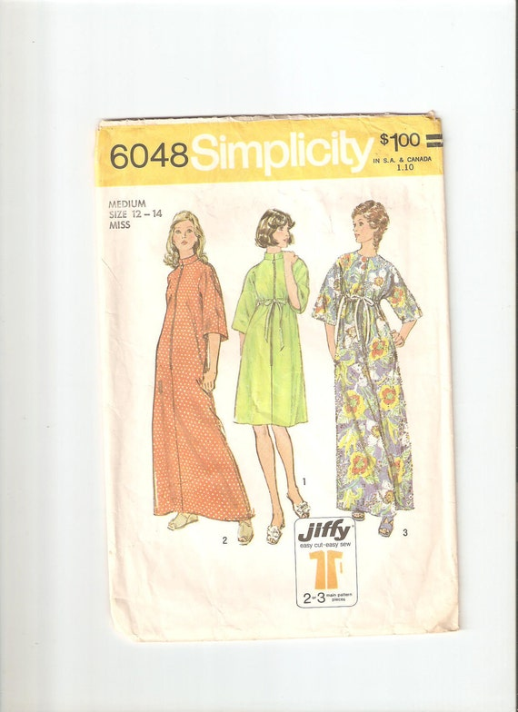 Vintage Simplicity Sewing Pattern for Robe, Size 12-14, 1970s