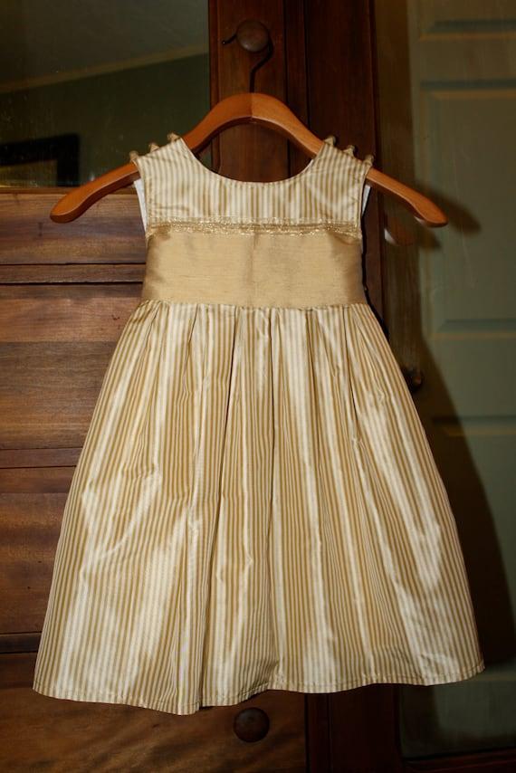 Sale.......Butter and Wheat thai silk girls dress size 2/3