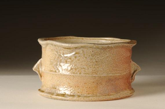 Wood-fired salt glazed casserole