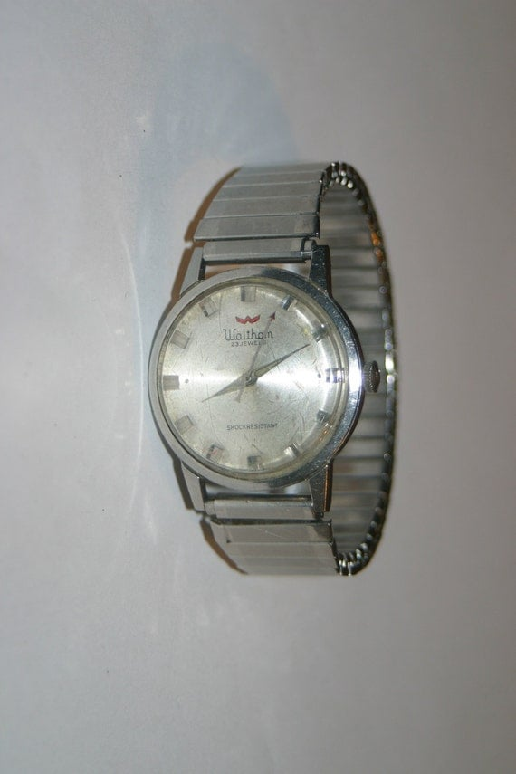 waltham single men Find great deals on ebay for waltham mens pocket watch in  this watch features a single sunken dial that has a  waltham men's size 0s pocket watch circa 1898.