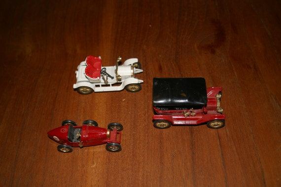 "Lot of 3 Matchbox by Lesney ""Models of Yesteryear"" Toy Cars"