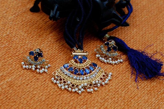 Sapphire blue seed pearl ethnic necklace earrings set