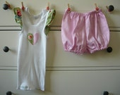 Baby girls outfit - ruffle sleeve singlet and matching shortie bloomers - size 1