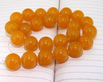 """strand Round Orange Jade Beads ----- 16mm ----- about 24Pieces ----- gemstone beads--- 15"""" in length"""