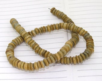Heishi  Shell Mop Gemstone Beads---- 8mm ----about 110Pieces---- 15.5inch one strand
