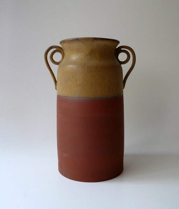 Rustic Terracotta Vase with Spiral Handles in Warm Earth Tones (I) - Large