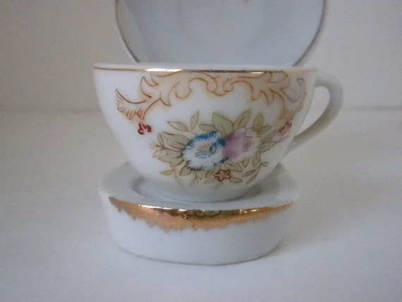 Vintage Tea Cup and Saucer Made in occupied Japan 1950