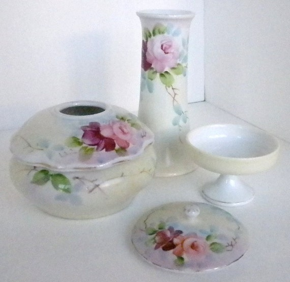 Vintage 3 pc set, Hair receiver, hat pin holder, pin holder, Porcelain in Excellent Condition