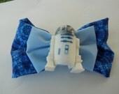 R2D2 Repurposed Pez head bow