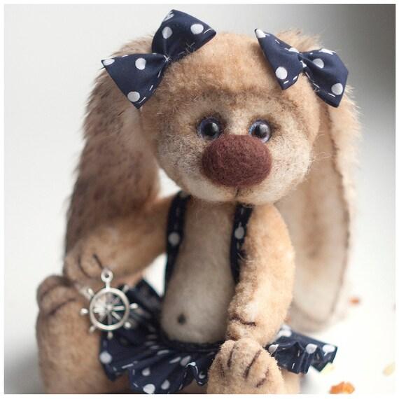 Teddy Bear Elli - Artist Bear OOAK- Easter decoration/gift