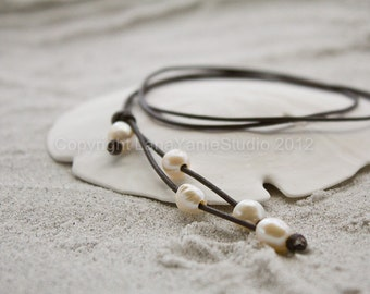 Pearl leather necklace jewelry - white pearl necklace - pearl leather lariat - leather necklace