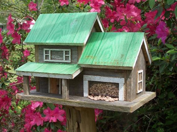 Rustic Birdhouse Feeder Combo