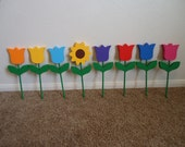 SET OF 8 weather proof, wooden, worms and flowers