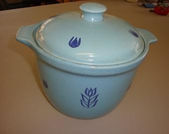 Cronin Pottery Blue Tulip Bean Pot Casserole 1950's Cronin Bean Pot Blue Tulip Bean Pot Cronin Blue Tulip