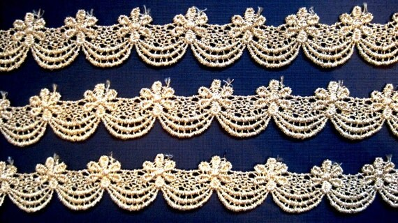 "Metallic Venice Galloon Lace Trim, Gold, 1"" inch wide, 1 Yard, For Historical Costume, Dolls, Home Decor, Victorian Crafts"
