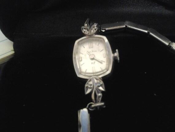 Reserved 23 Jewel 1973 10krgp Diamond Bulova Great Working Condition