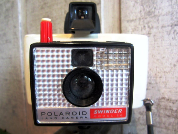 In Box Polariod Swinger Land Camera With Instructions
